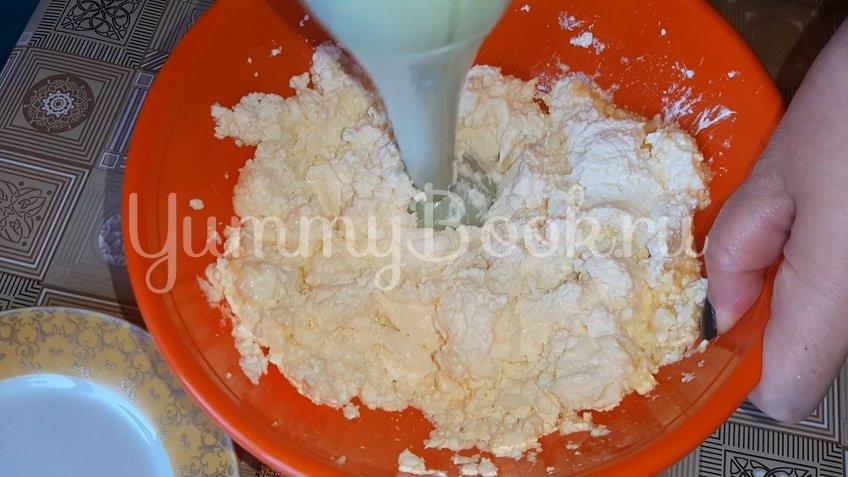 Плавленый сыр на сковороде - шаг 2