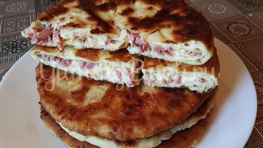 Сырные лепешки на кефирном тесте с начинкой - шаг 4