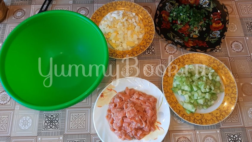 Салат с семгой - шаг 2