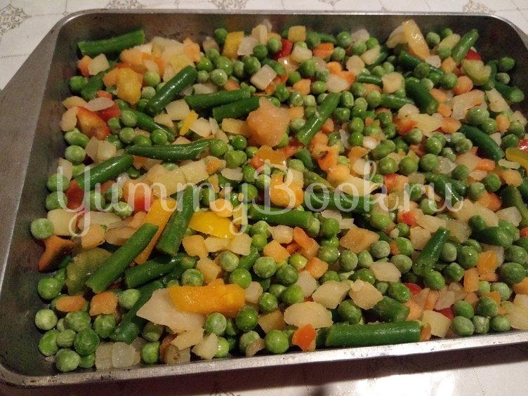 Курица на овощной подушке - шаг 1