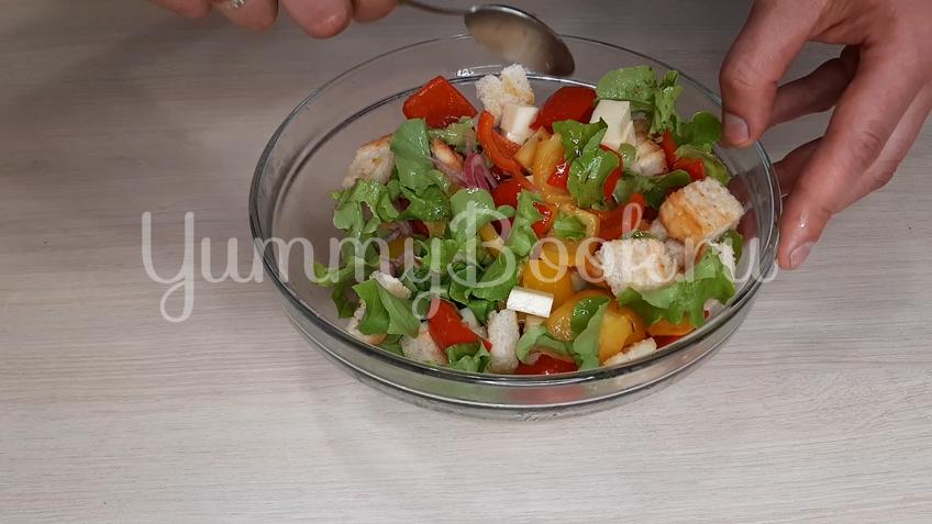 Тосканский овощной салат Панцанелла - шаг 20