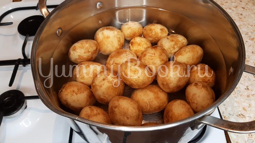 Запеченный молодой картофель - шаг 1