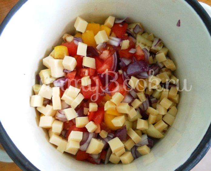 Линь, фаршированный овощами и запечённый в духовке - шаг 7
