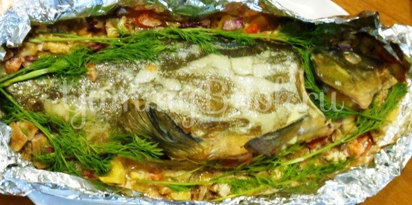 Линь, фаршированный овощами и запечённый в духовке - шаг 14