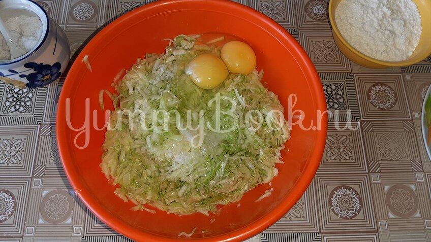 Овощная запеканка из кабачков с помидорами и сыром - шаг 2