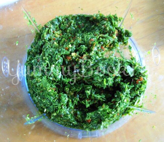 Соус ткемали из зелёной алычи - шаг 7