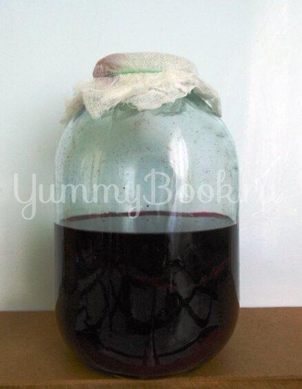 Домашний уксус из чёрной смородины - шаг 4