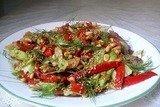 Салат из запеченного перца и фенхеля