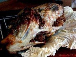 Карп фаршированный гречневой кашей с рубленым яйцом