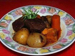 Говядина по-бургундски (Beef Bourguignon)