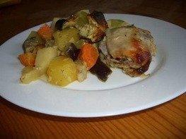 Курица с овощами и специями