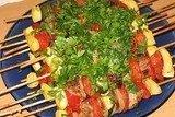 Шашлык с овощами, приготовленный в духовке