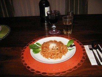 Паста (Linguine) с красным соусом и мидиями (Italian Cuisine)