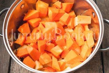 Суп-пюре из тыквы с сыром - шаг 3