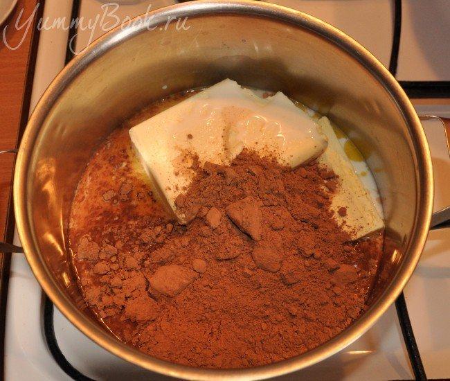 Шоколадные маффины с кремом - шаг 1