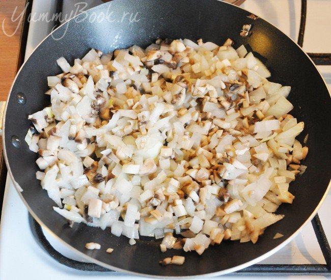 Зразы картофельные с грибами и луком - шаг 2