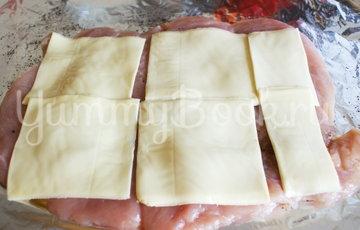 Куриный рулет с беконом и сыром - шаг 6