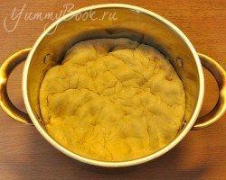 Дрожжевой пирог с капустой - шаг 10