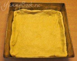 Дрожжевой пирог с капустой - шаг 12