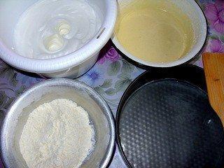 Фруктово-бисквитный торт - шаг 2