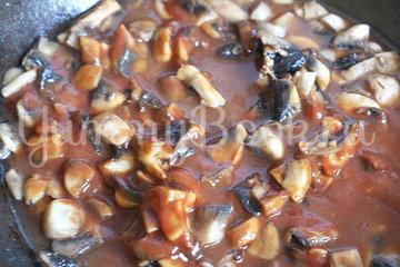 Рыбные тефтели с грибным соусом - шаг 5