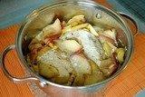 Куриное филе в яблоках