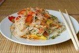 Салат из фунчозы по-корейски