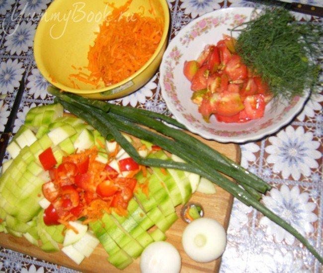 Запеканка овощная с тушенкой - шаг 1