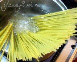 Спагетти в рыбном соусе , пошаговый рецепт с фото