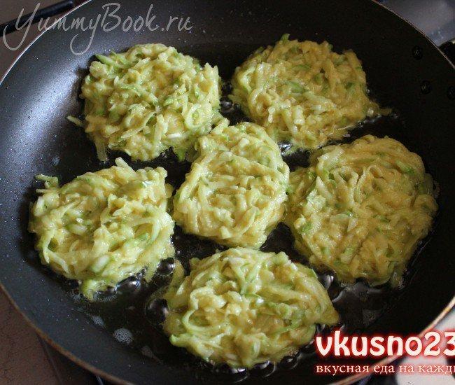Картофельно-кабачковые оладьи - шаг 3