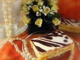 Песочное пирожное с глазурью