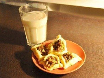 Печенье с орехами и изюмом