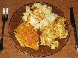 Курица с сыром в кляре с гарниром