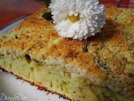 Пирог на лимонаде с киви и штрейзелем
