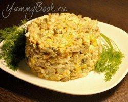 Грибной салат с курицей и кукурузой - шаг 5