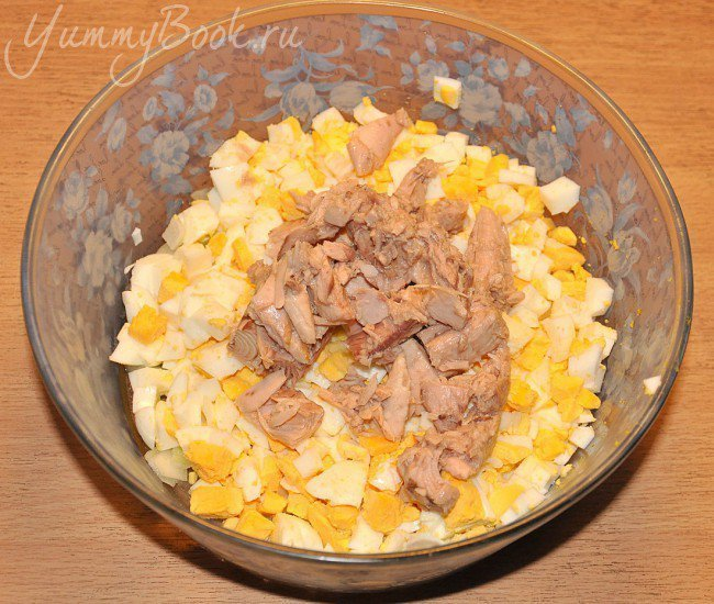 Салат с тунцом - шаг 4