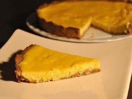 Лимонный тарт на шоколадной основе