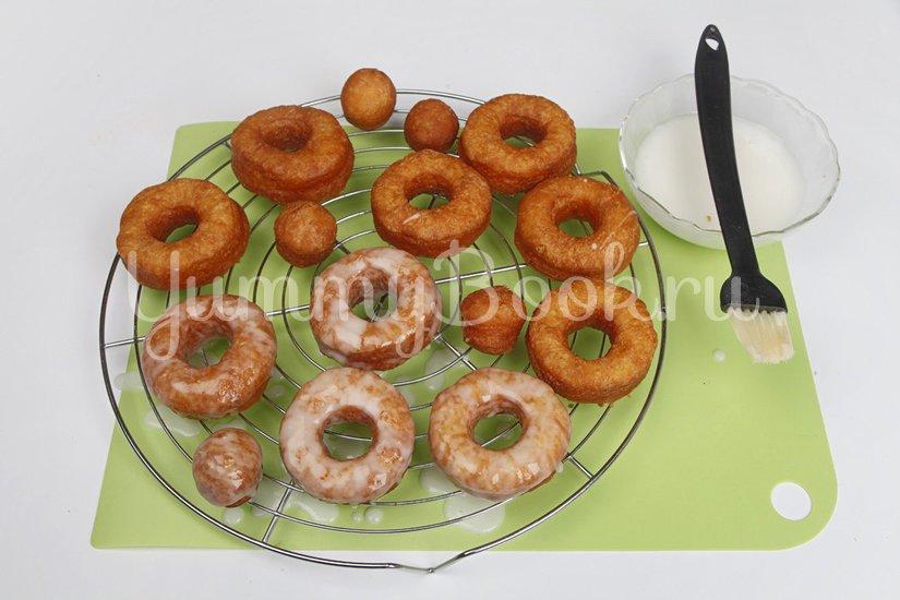 Пончики сахарные с глазурью - шаг 7