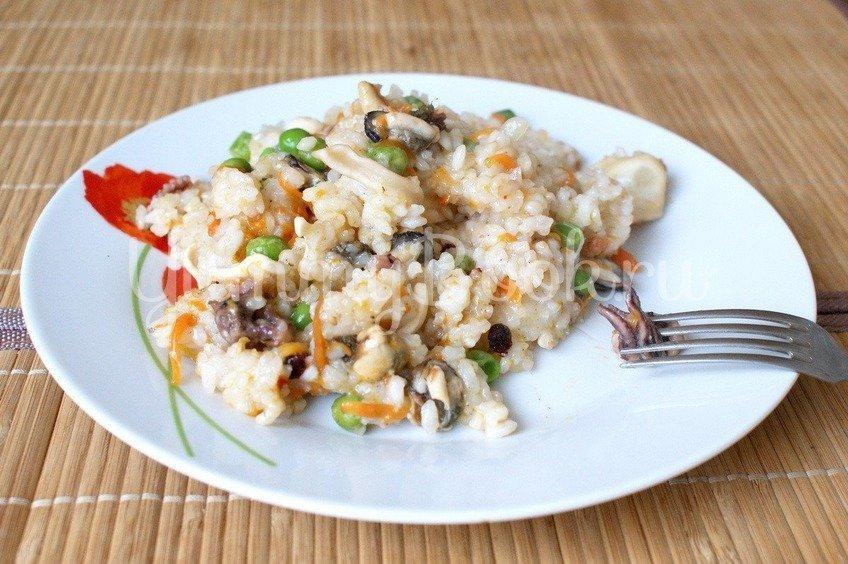 Рис с морским коктейлем