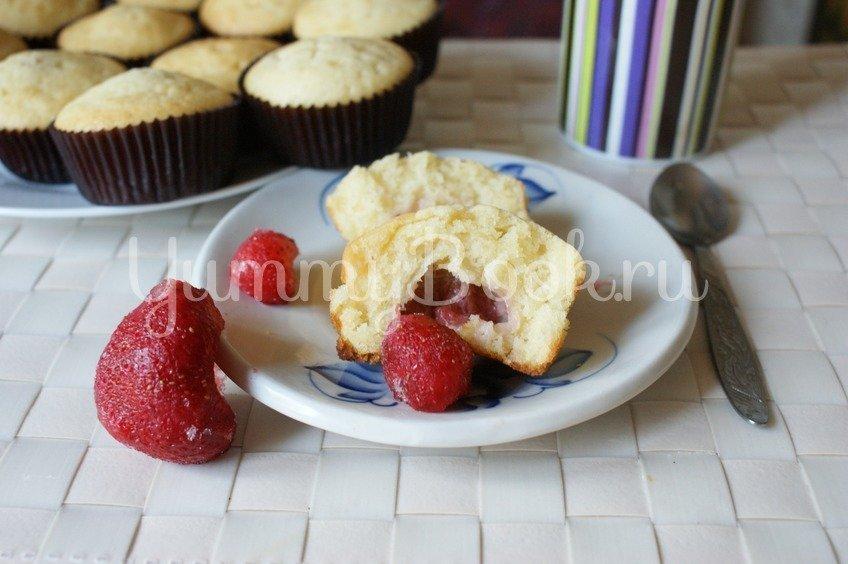 Маффины с ягодой