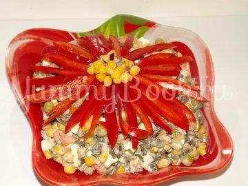 Салат с морской капустой и кукурузой - шаг 5