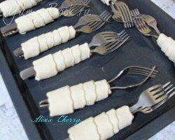 Трубочки слоеные с кремом - шаг 2