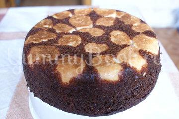 Шоколадный пирог с творожными шариками в мультиварке - шаг 7