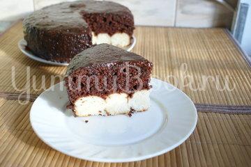 Шоколадный пирог с творожными шариками в мультиварке - шаг 10