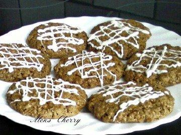 Шоколадное овсяное печенье с глазурью