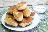 Жареные пирожки из теста на рассоле