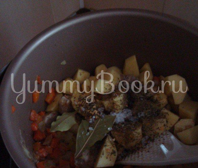Тушенная картошка в мультиварке - шаг 2