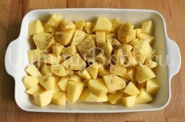 Запеканка куриная с картофелем, сыром и помидорами - шаг 1