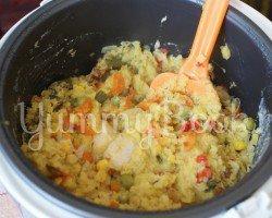 Чечевичная каша с мясом и овощами в мультиварке - шаг 5