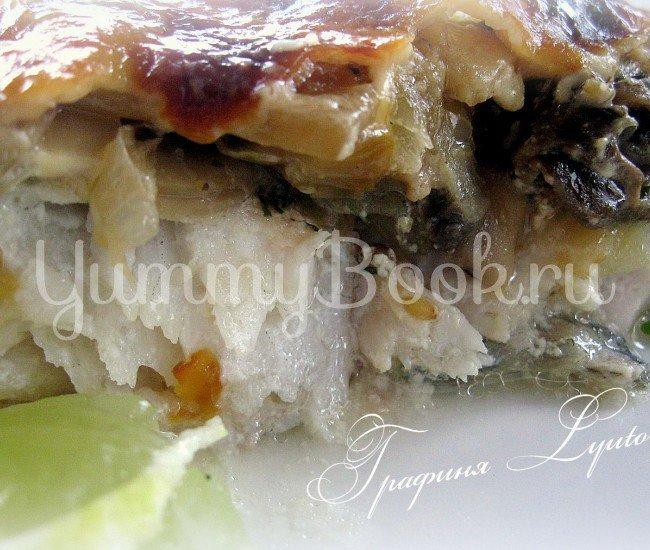 Судак с грибами под сырно-сливочным соусом - шаг 8